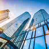 Icade: revenus en baisse mais objectifs annuels confirmés